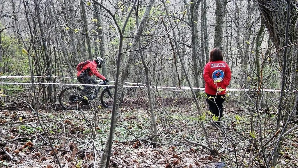 hellenic rescue volunteers cover first aid the 4th mtb enduro
