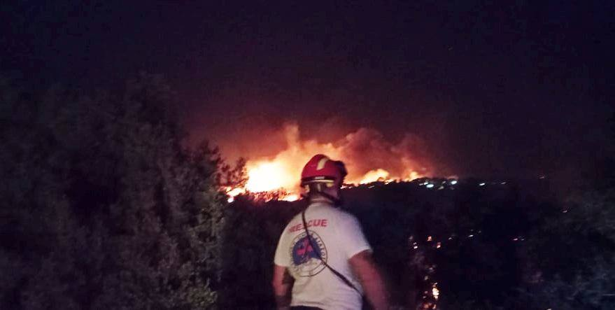 HRT Lesvos attended to fire at Moria Camp